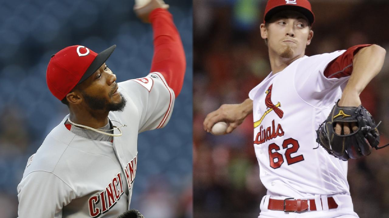 Weaver, Cards continue playoff push vs. Reds