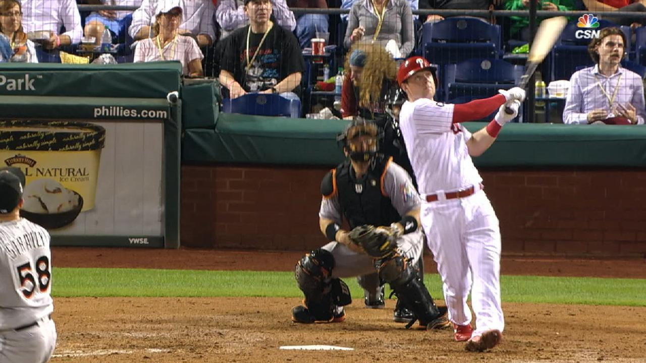 Hoskins' two-run dinger