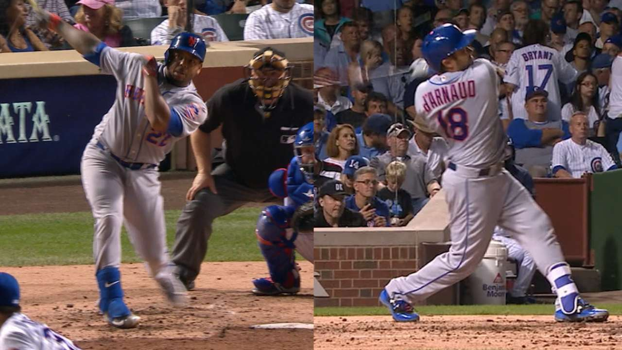 Smith, d'Arnaud go back-to-back