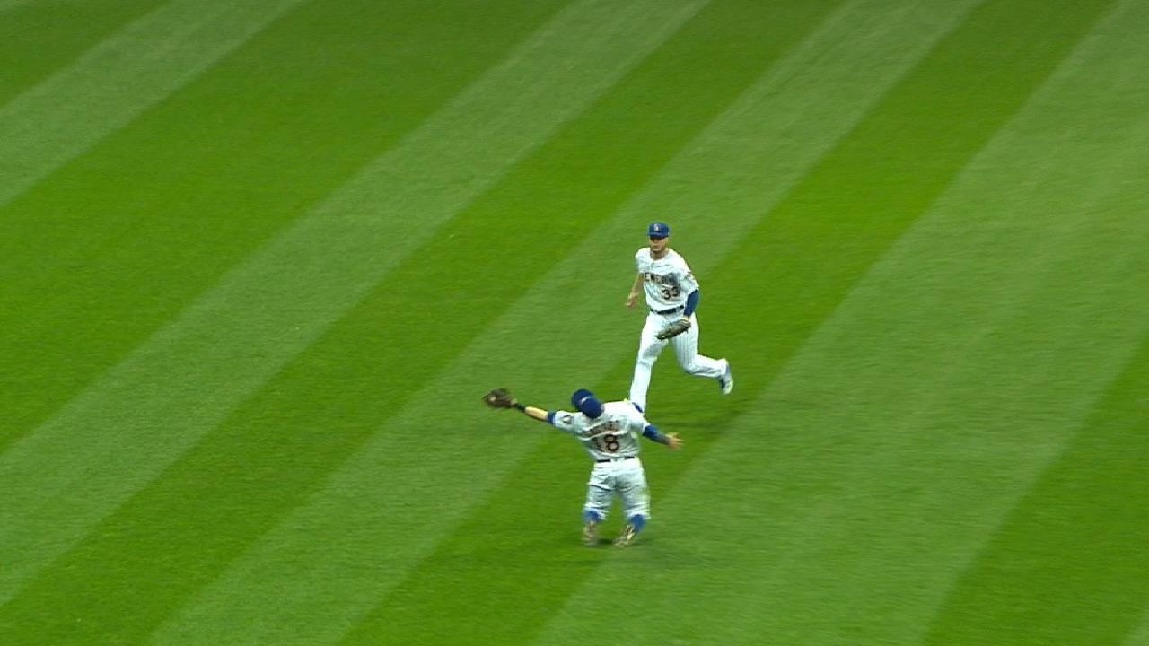 Must C: Sogard's fantastic catch