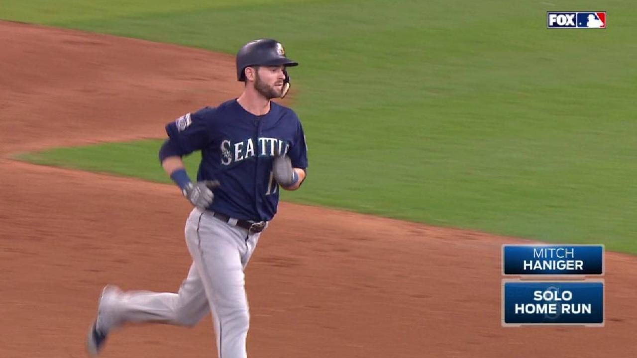 Haniger's solo home run