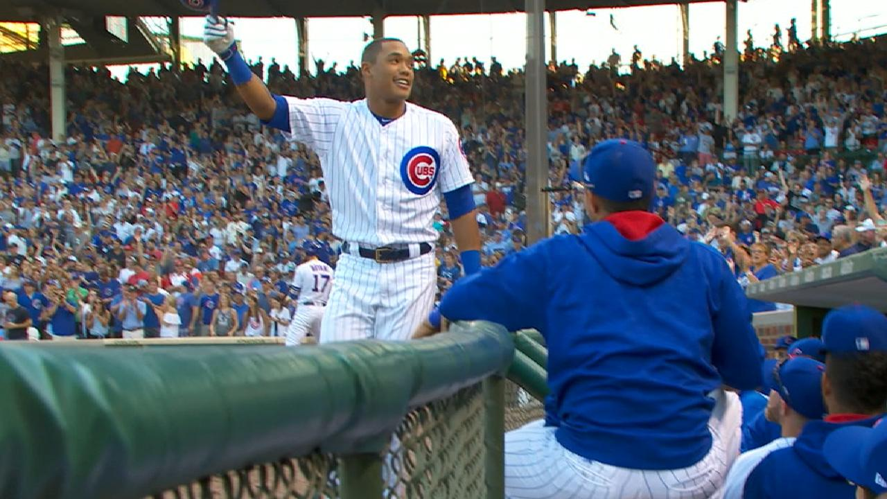 Russell's pinch-hit solo homer