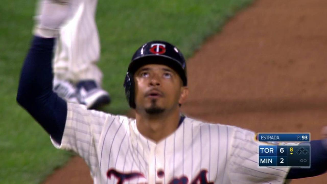Twins' Wild Card quest slowed by Blue Jays