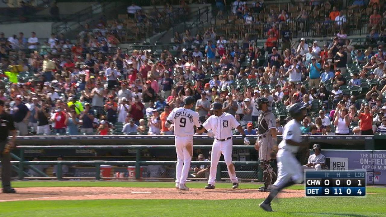 Castellanos' two-run homer