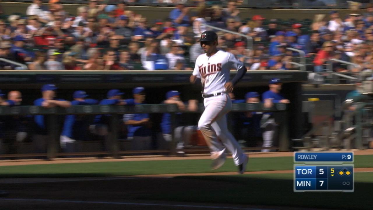 Twins' six-run 5th inning