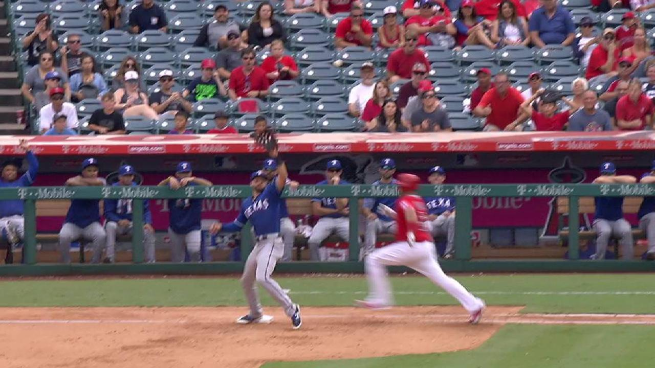 Pujols reaches on infield single