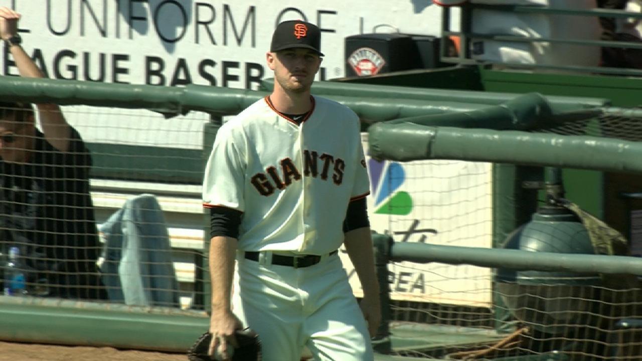 Panda, strong Stratton lift Giants over D-backs