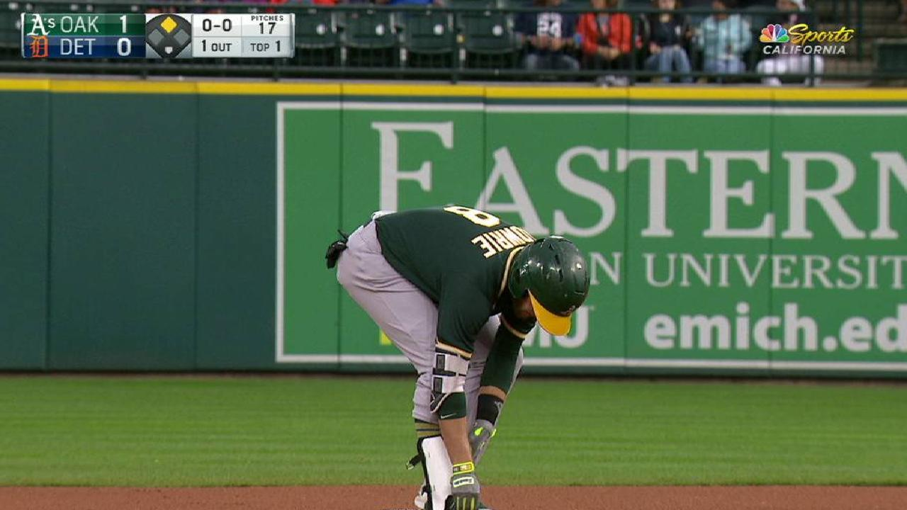 A's offense keeps rolling in win over Tigers