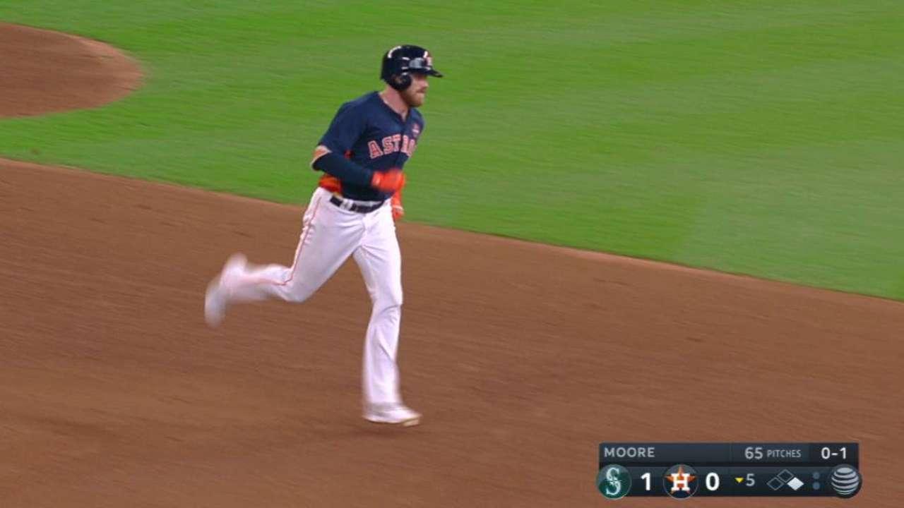 Fisher's two-run homer