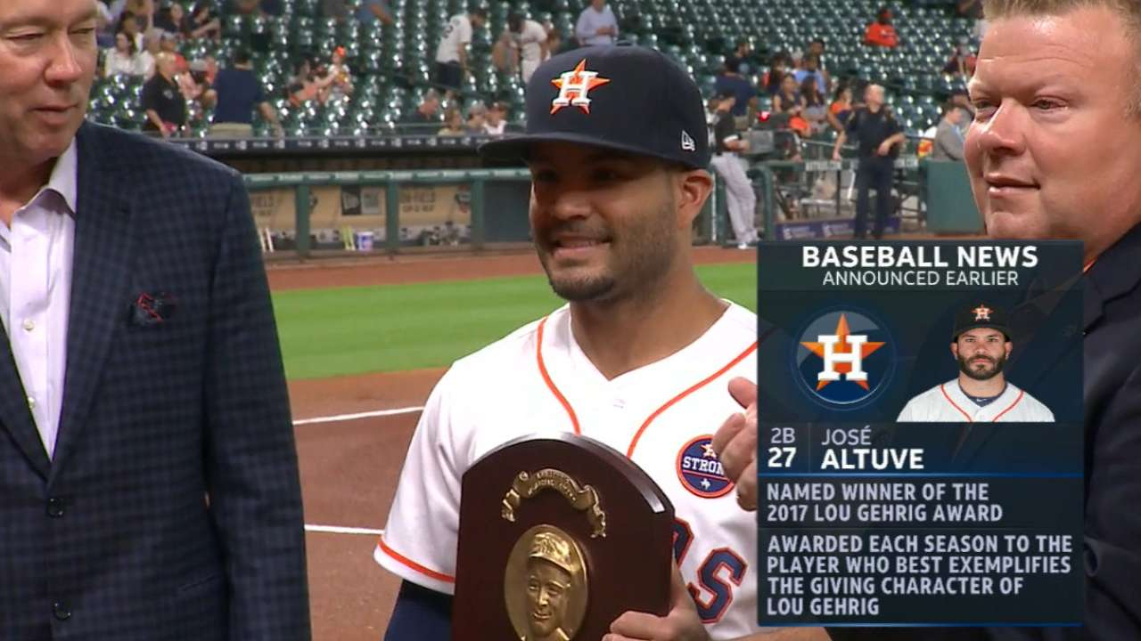 Altuve earns Lou Gehrig Memorial Award