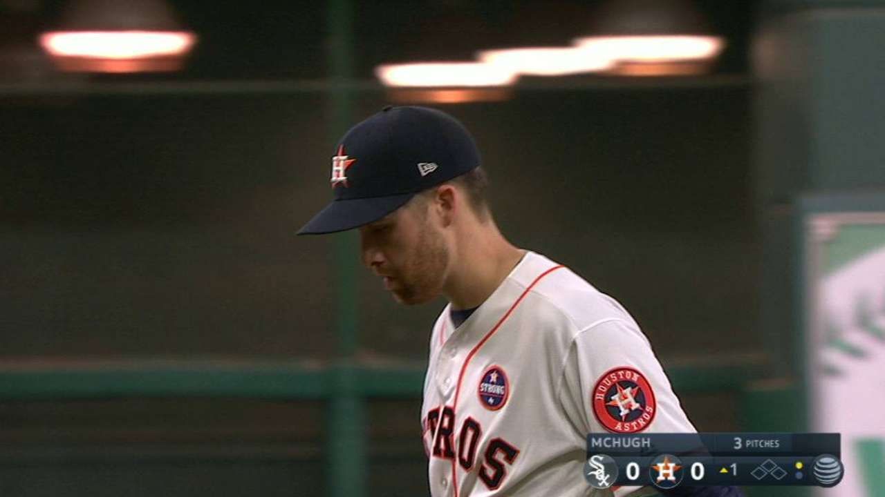 Astros win 5th in a row to keep pace with Tribe