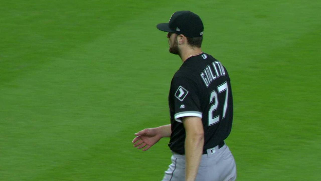 Giolito strikes out Gonzalez
