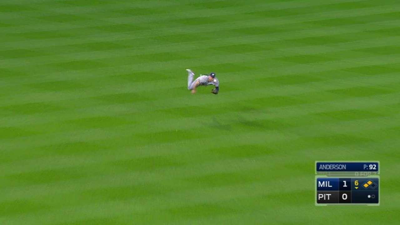Phillips unloads 104.7-mph throw