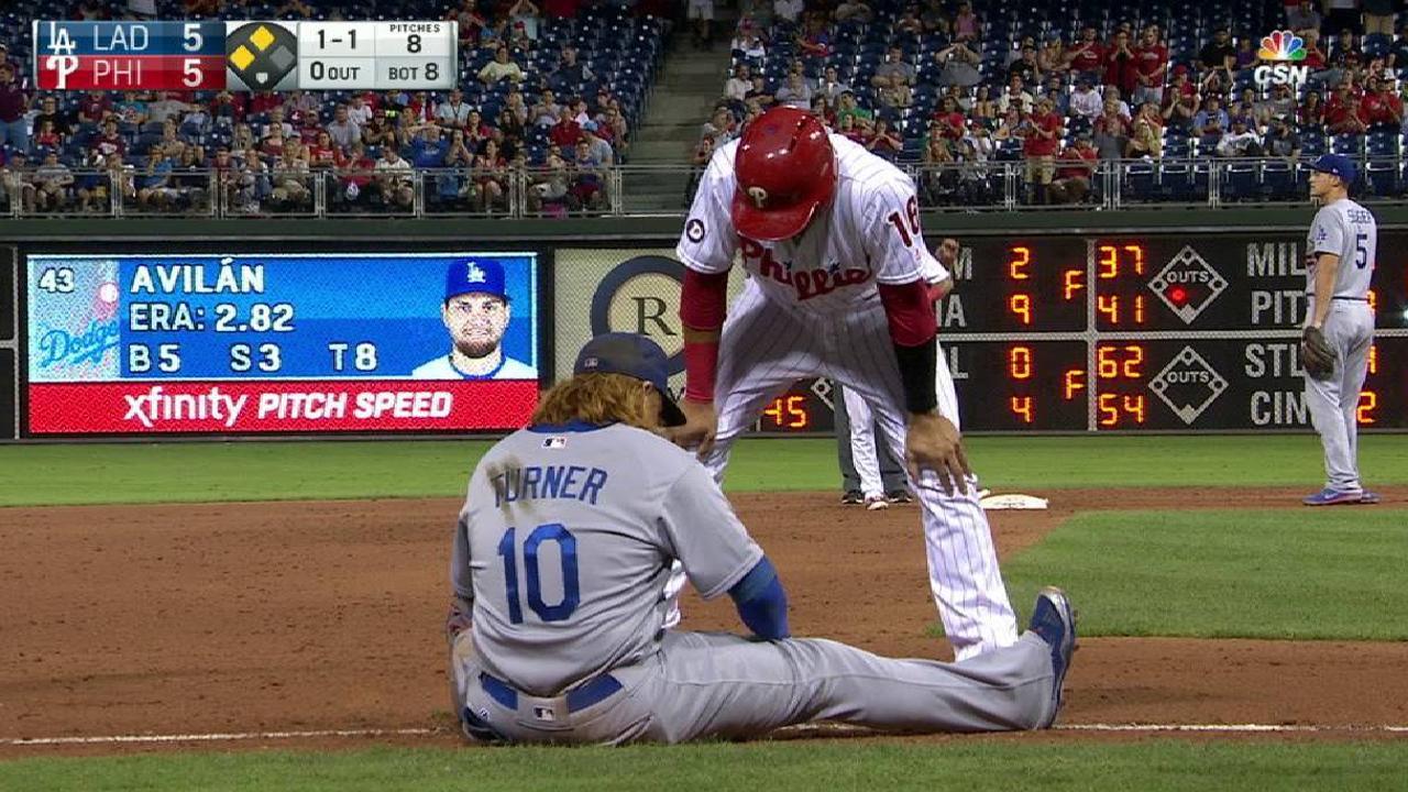 Phillies benefit from error