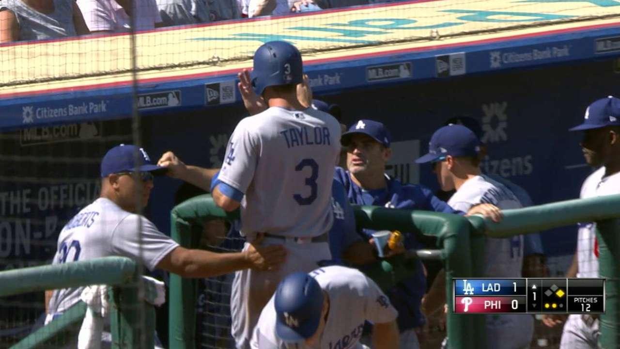 Dodgers remontan vs. Filis y acortan su número mágico