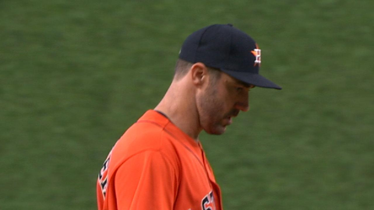 Verlander nearly unhittable since joining Astros