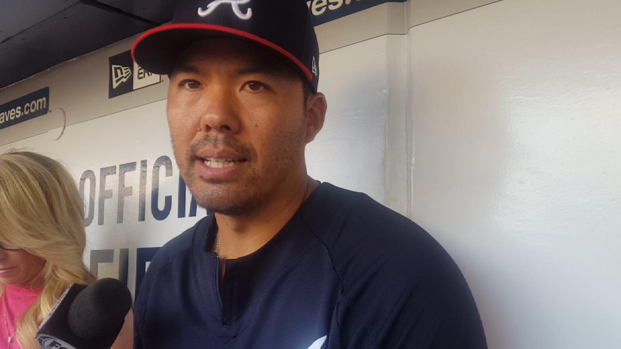Suzuki excited to extend stay with Braves