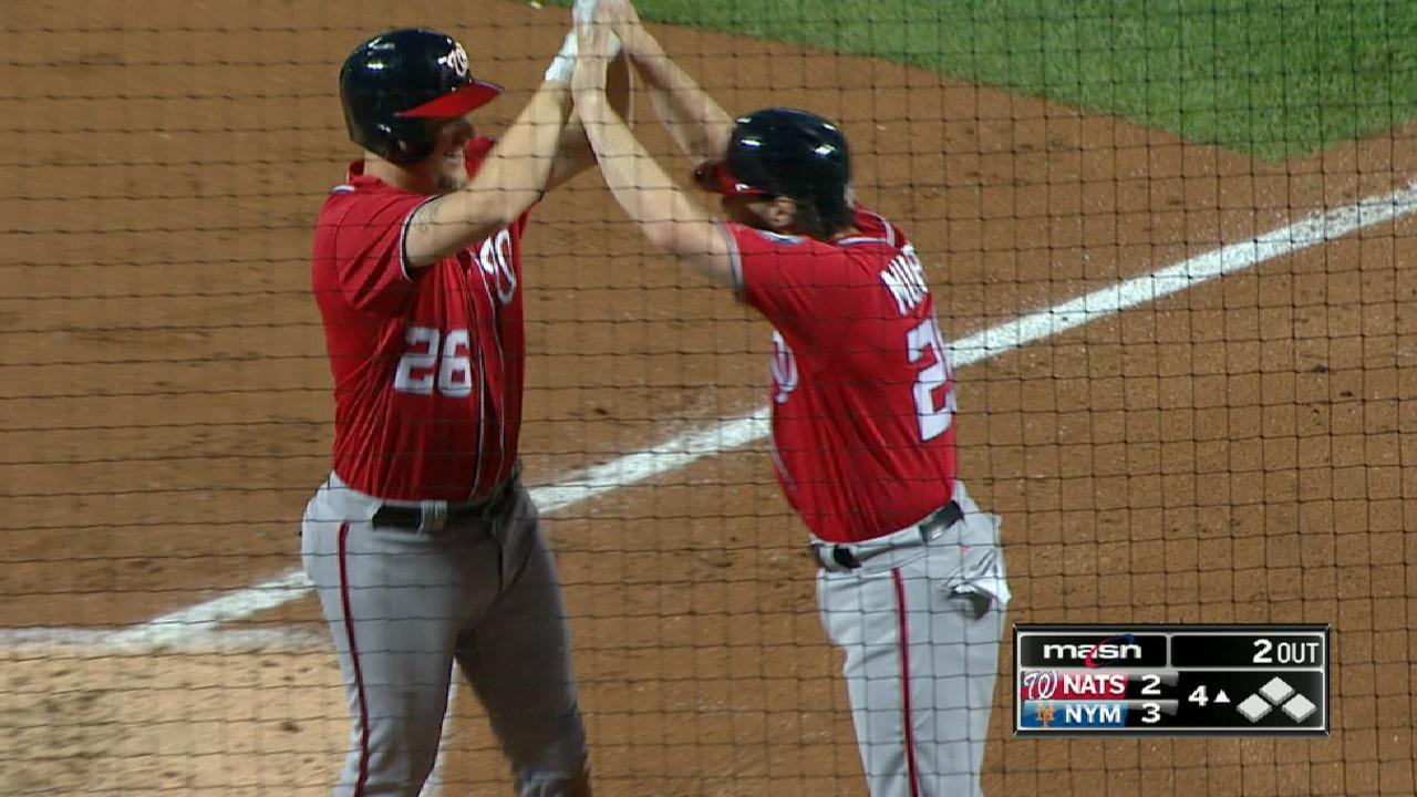 Lind, Albers soaking up 1st playoff experience