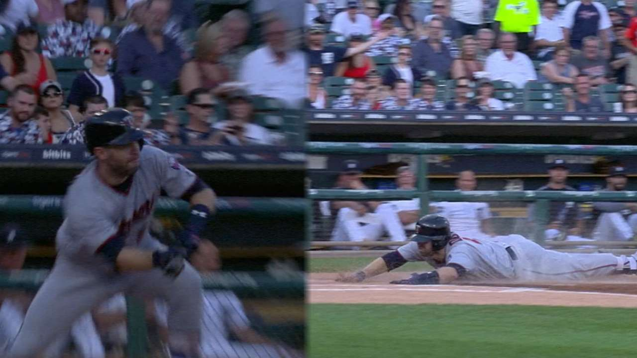 Must C: Dozier rounds the bases