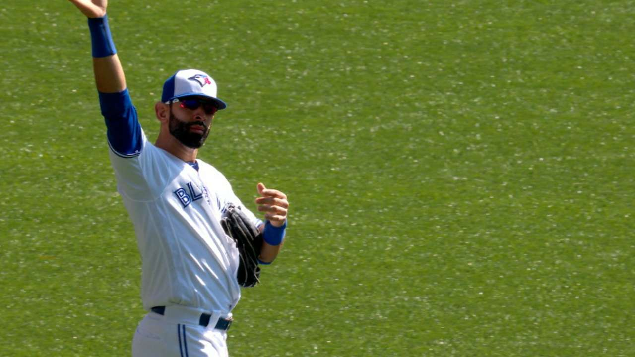 Bautista recognized by fans