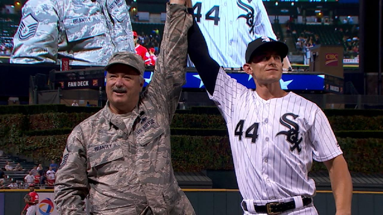 Brantly family shares special moment with Sox