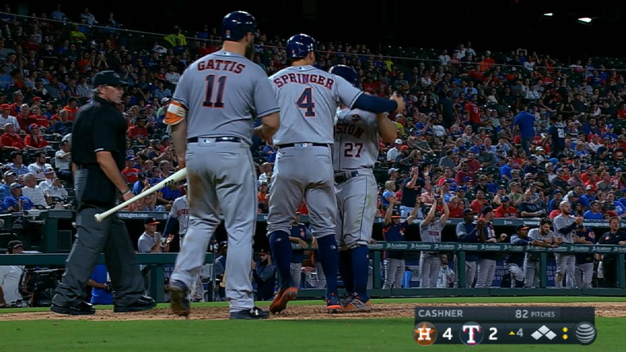 Astros' big 4th inning