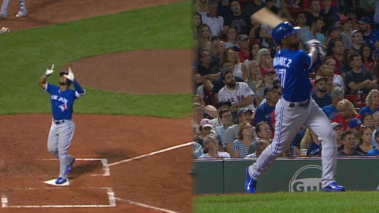 Hernandez hits a pair of homers