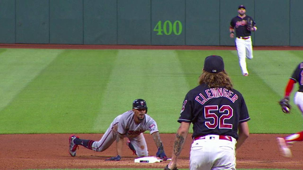 Buxton's record-setting steal