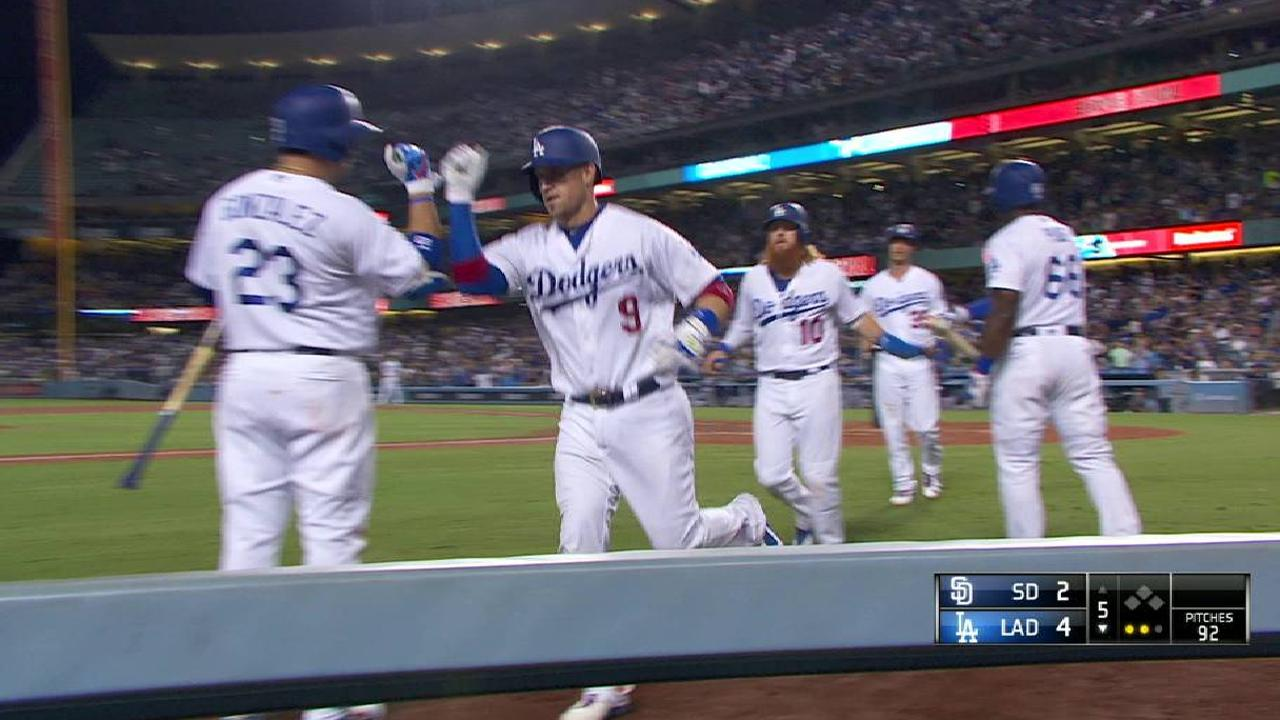 Grandal's three-run home run
