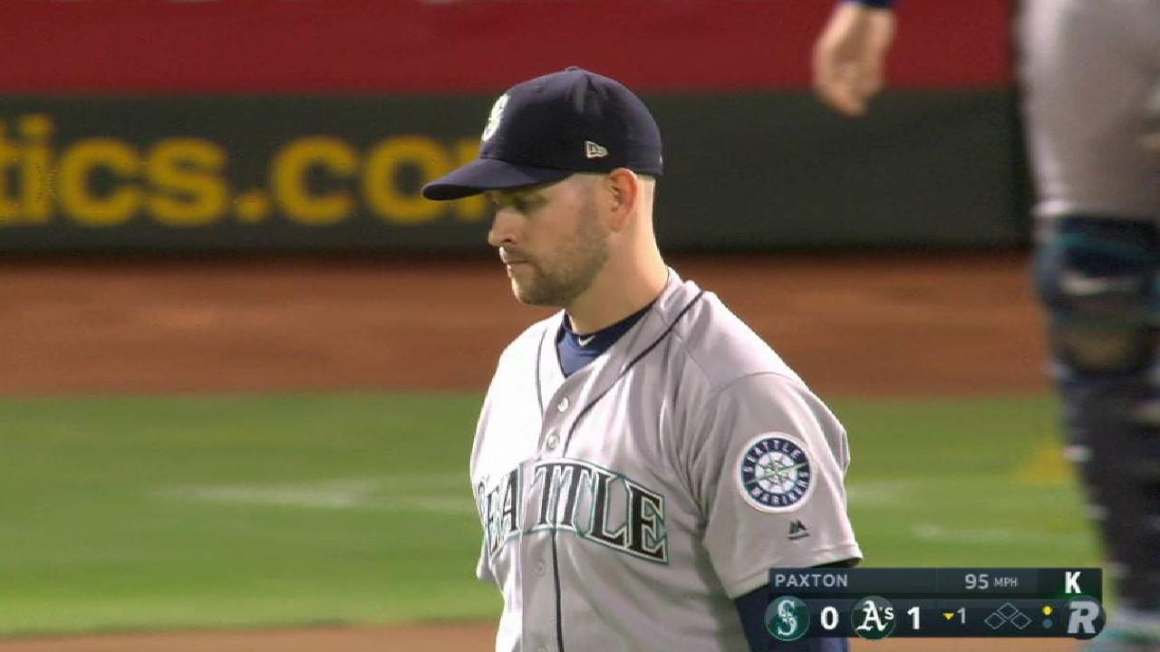 Paxton flashes old form in encouraging start