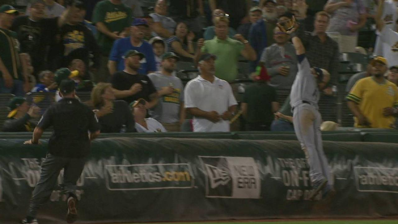 Mariners challenge double play