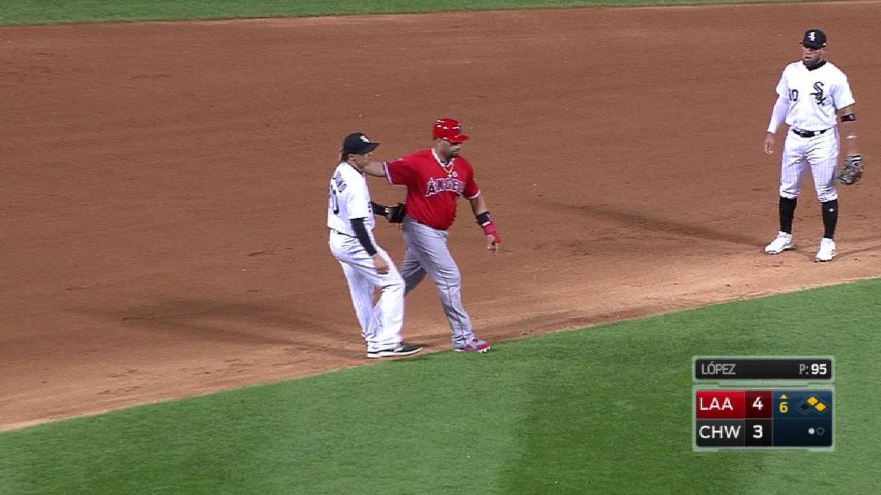 Halos' chase ends on White Sox HR in 10th