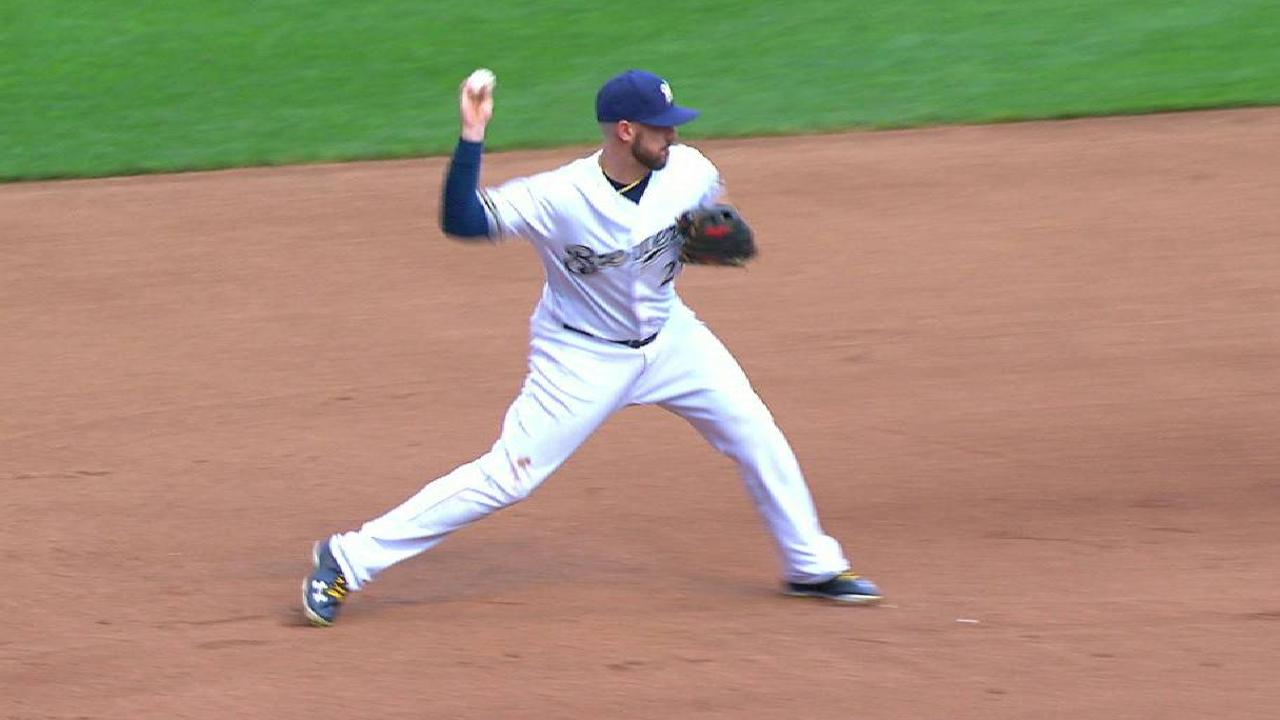 Shaw starts a big double play