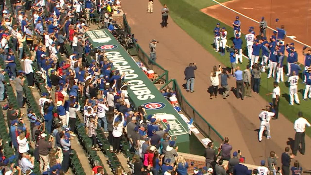 Cubs recognize home crowd