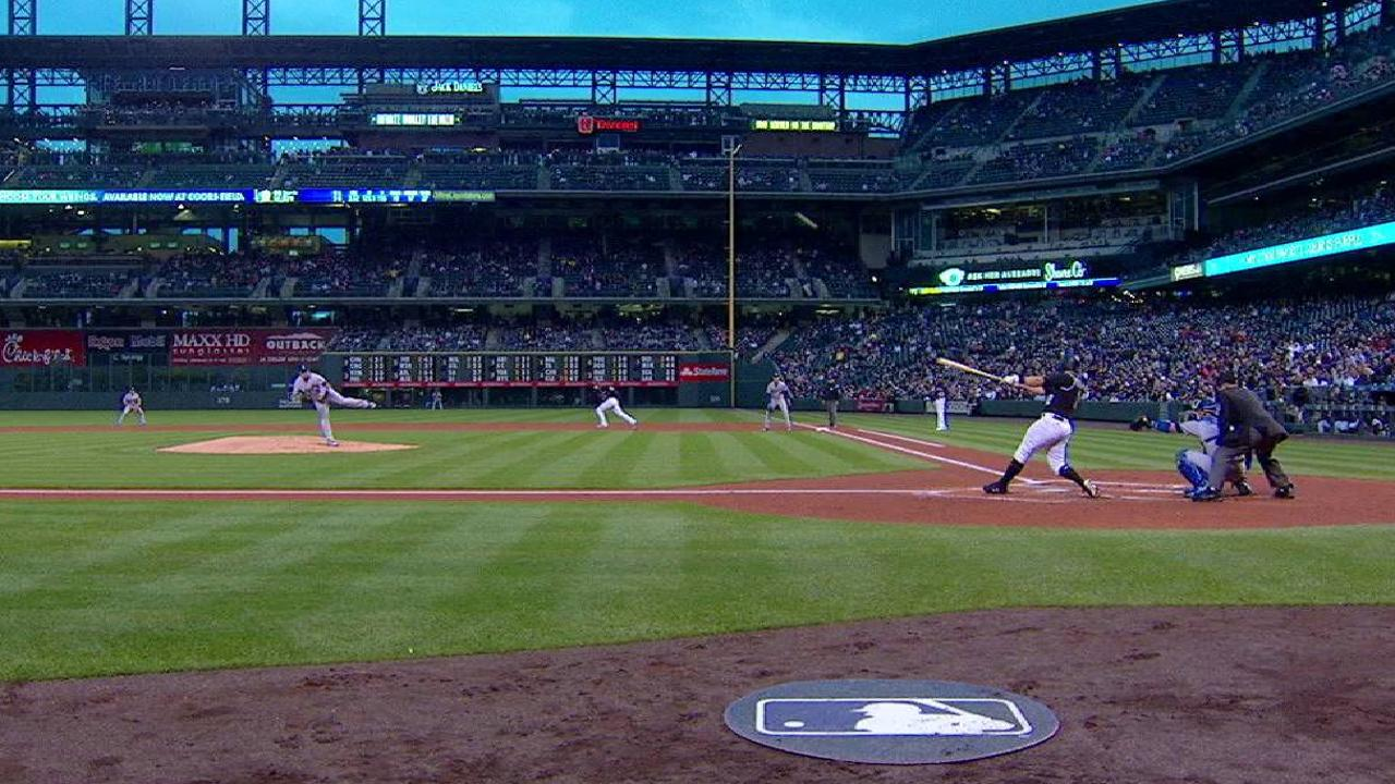 Reynolds' 30th homer of the year