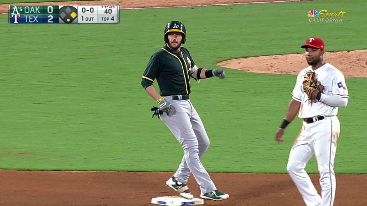 Nunez's first career HR not enough for A's