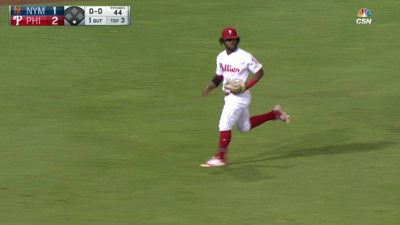 Herrera's terrific grab