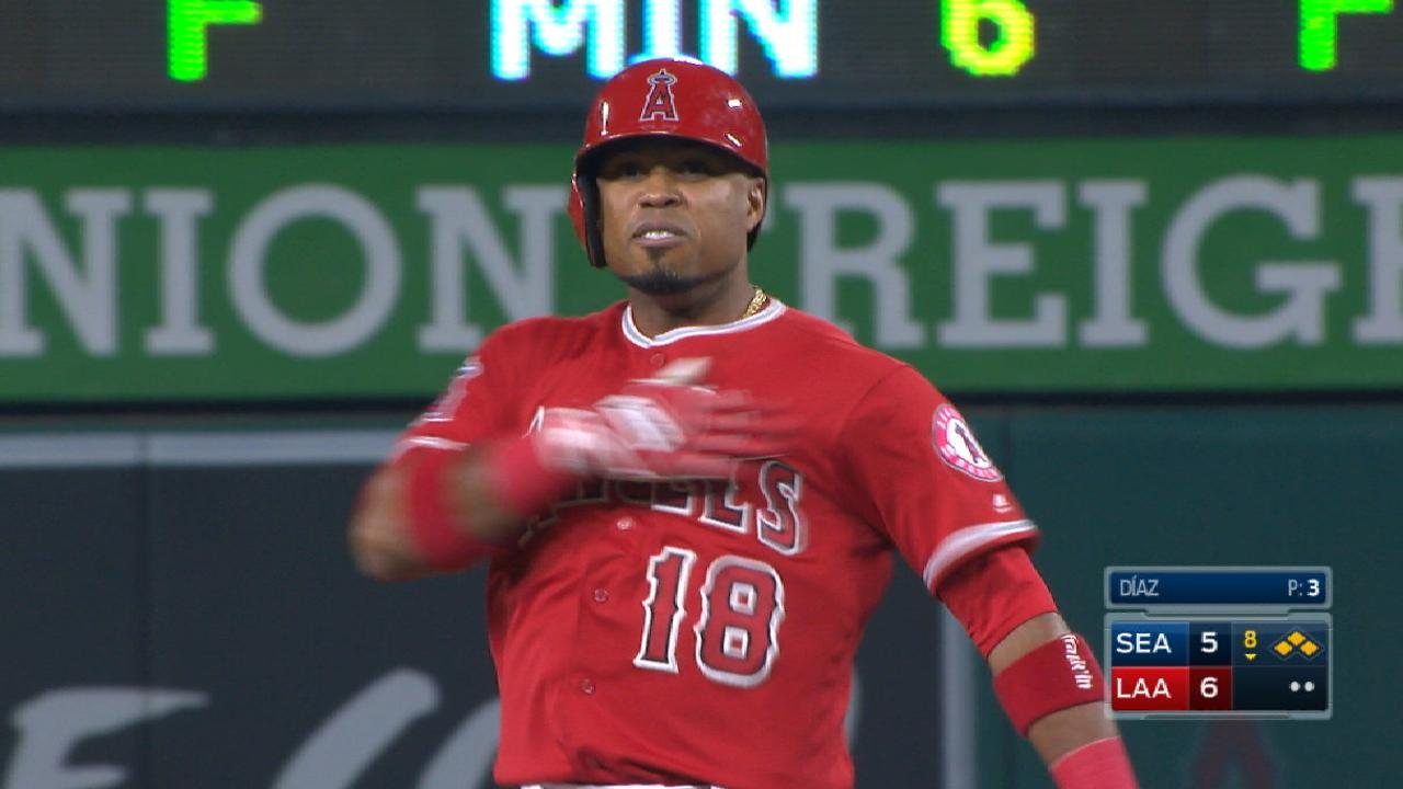 Angels' four-run 8th inning
