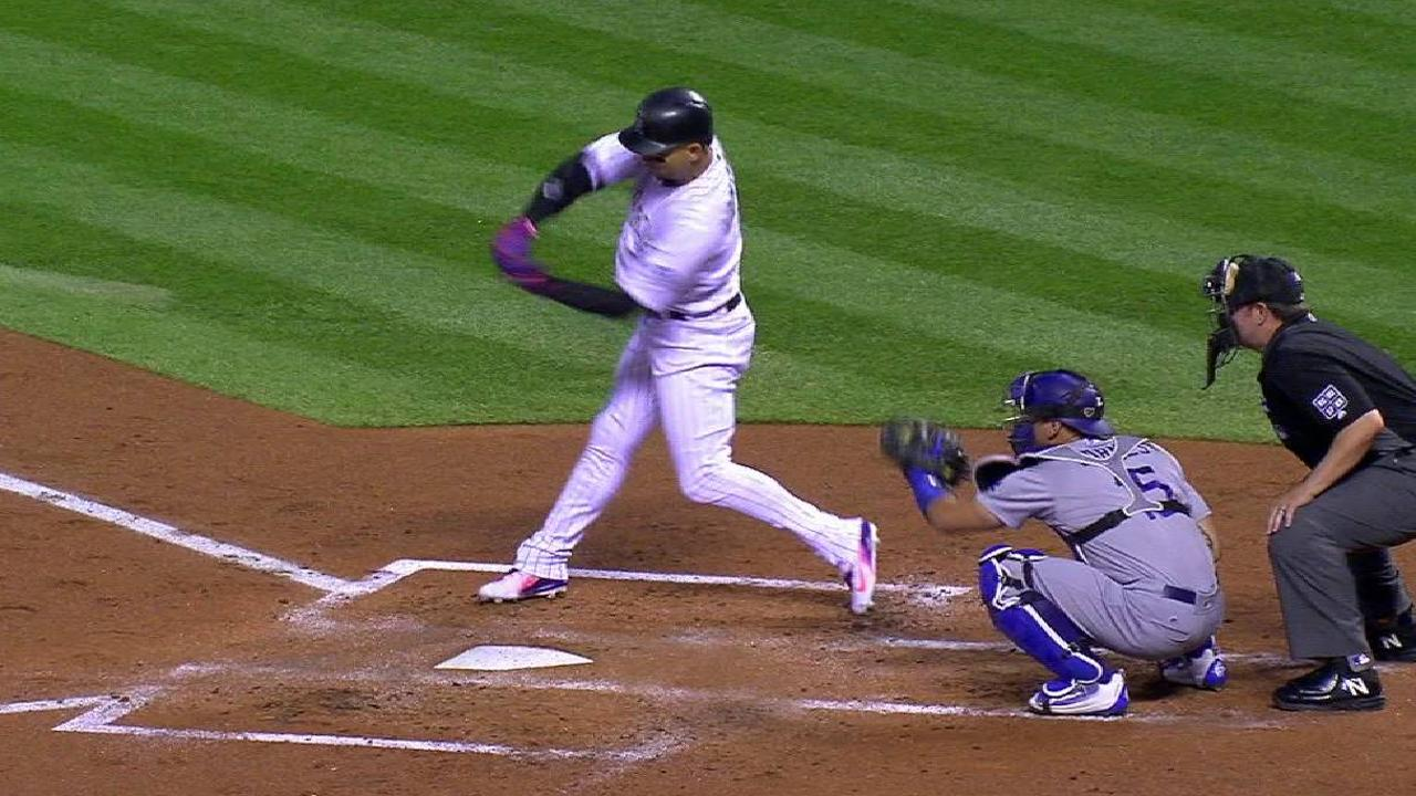 Gonzalez's solo home run