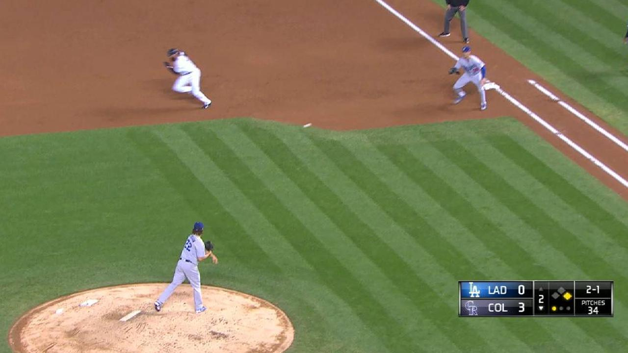 Kershaw picks off Blackmon