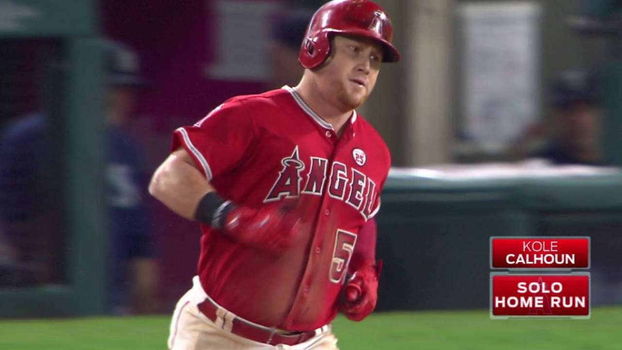 Halos can't hold off Mariners' late rally