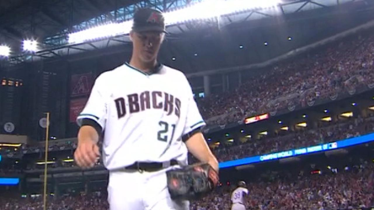 Greinke escapes a jam in 3rd