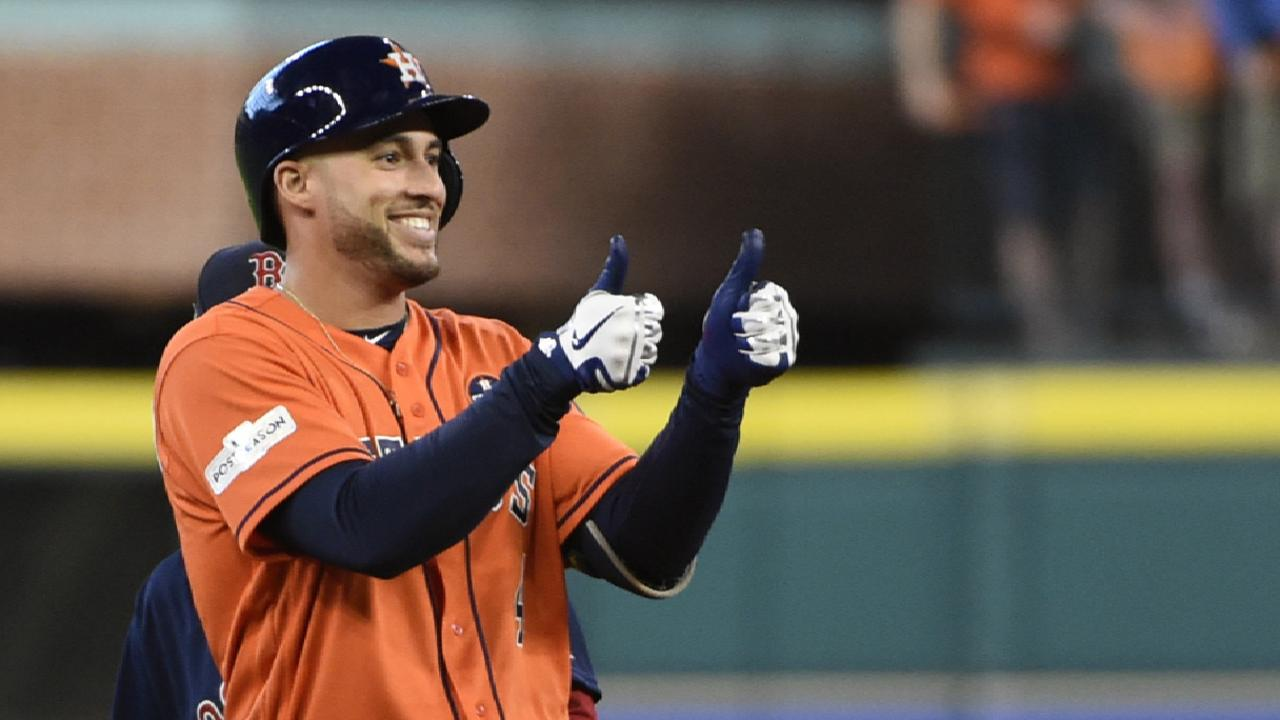 Astros revel in crowd, comfort of Minute Maid