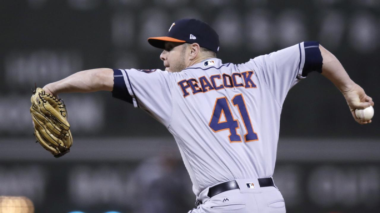 Hinch tabs Peacock for Game 3 at Fenway