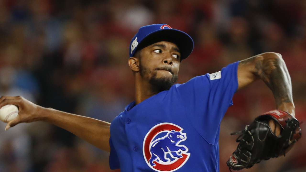 Usually steady, Cubs relievers falter in key spot