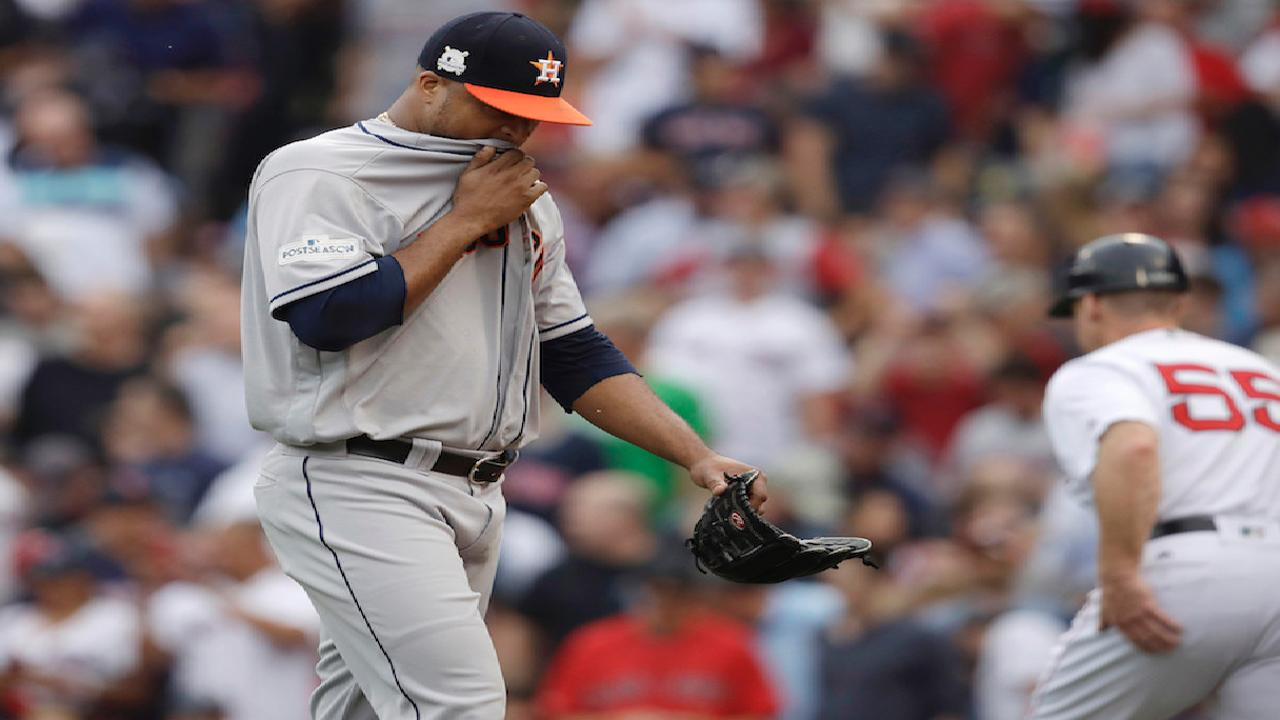Left-on-left move backfires on Hinch, Astros