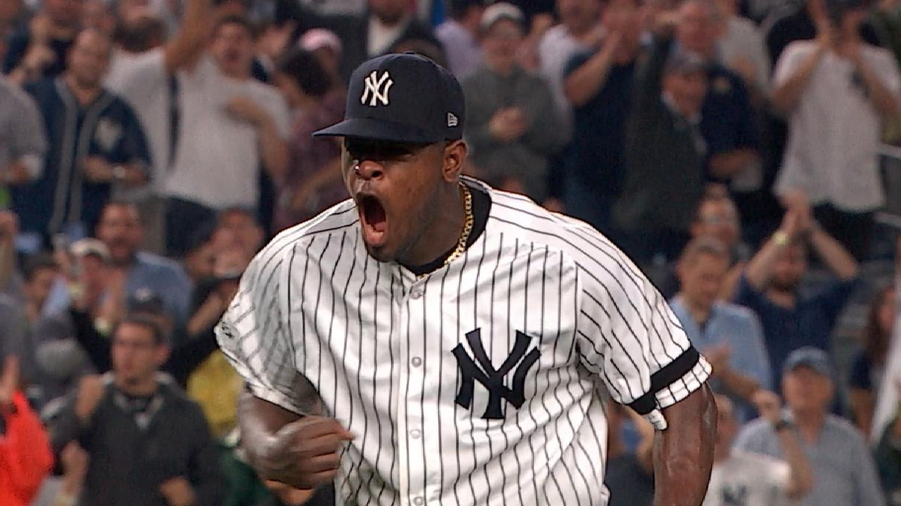 Severino bounces back in Game 4