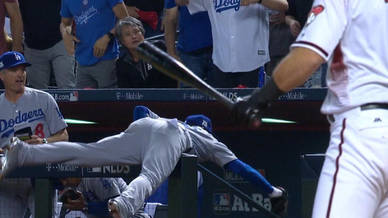 Bellinger's spectacular catch