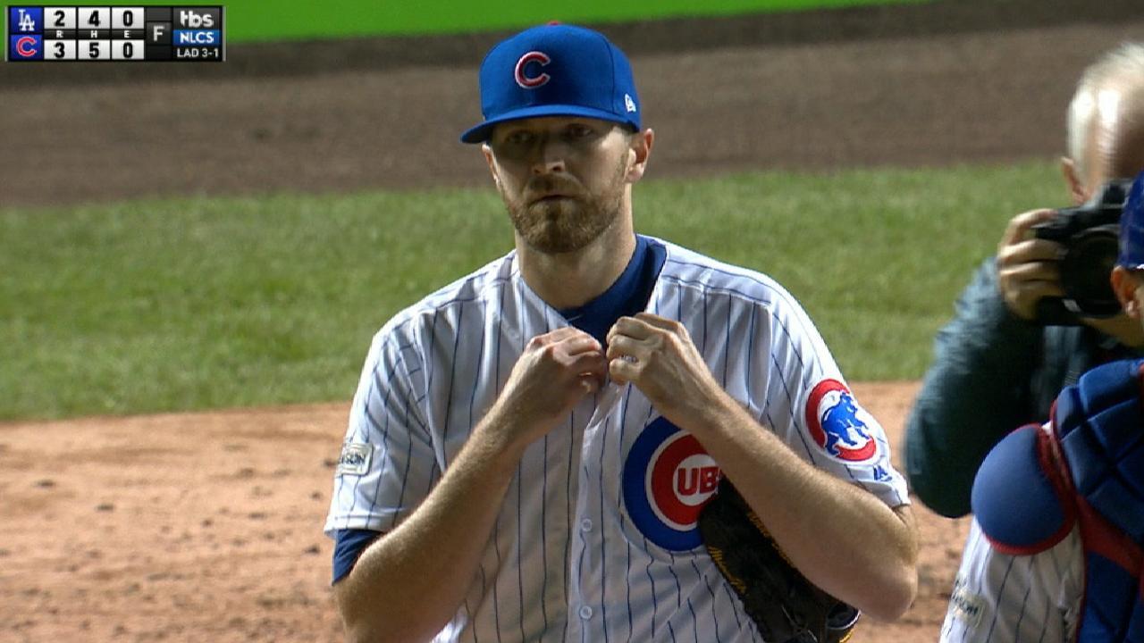 Davis' two-inning save