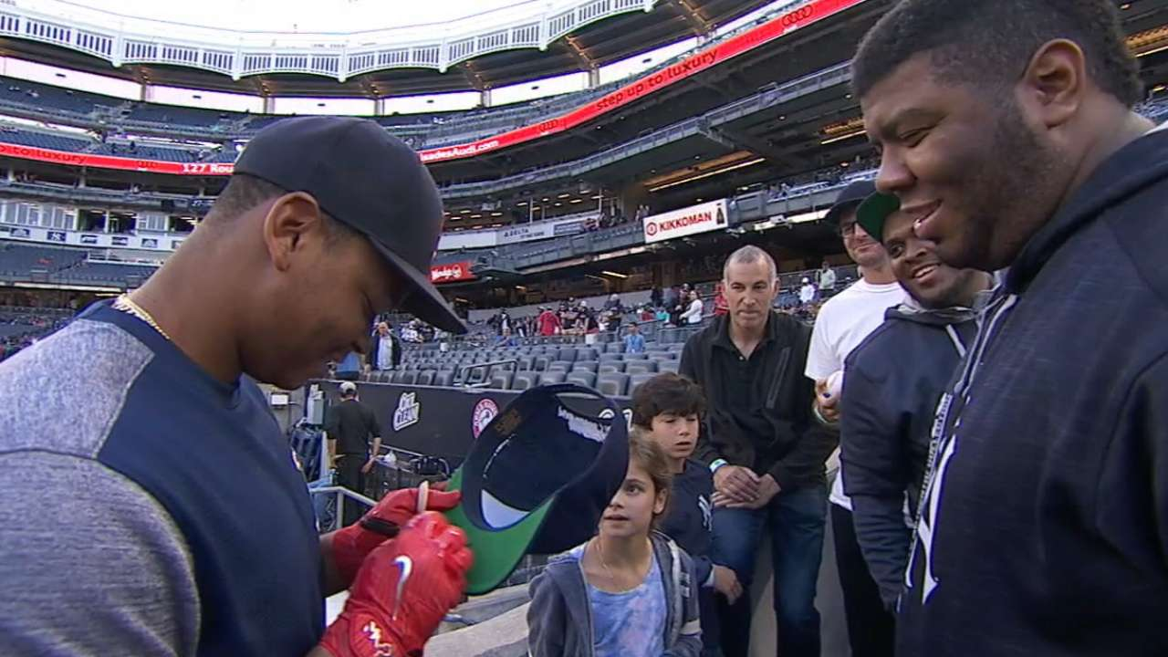 Player-Fan Interaction: Devers